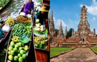 Floating Market/ Ayutthaya with ruin temples